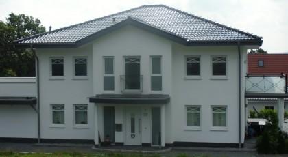 Villa mit Meyerholsen Tonziegeln eingedeckt