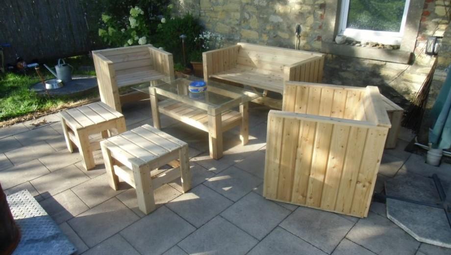 Gartenmöbel aus Lärchenholz